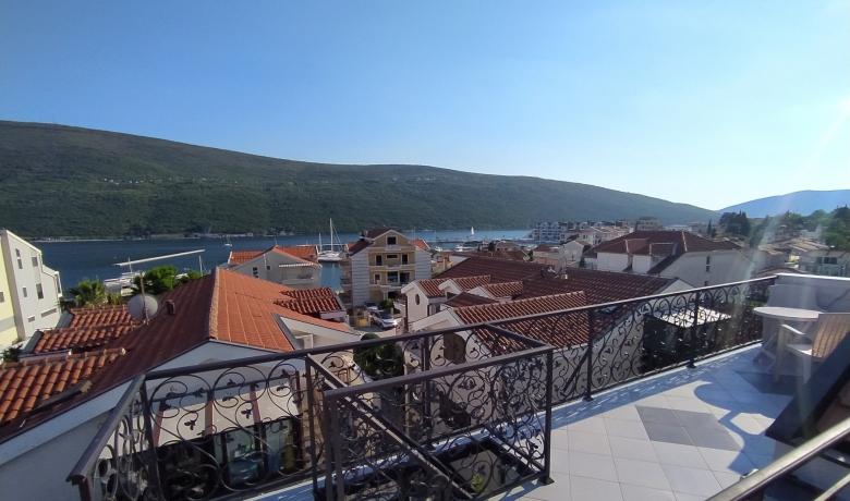 Apartmani Đenovići, Đenovići, Apartmani