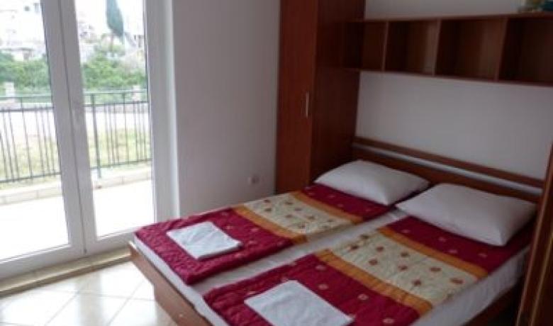 Apartmani Vojvodic, Đenovići, Apartmani