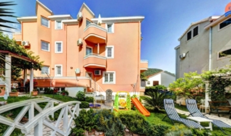Vila Koral, Petrovac, Apartmani