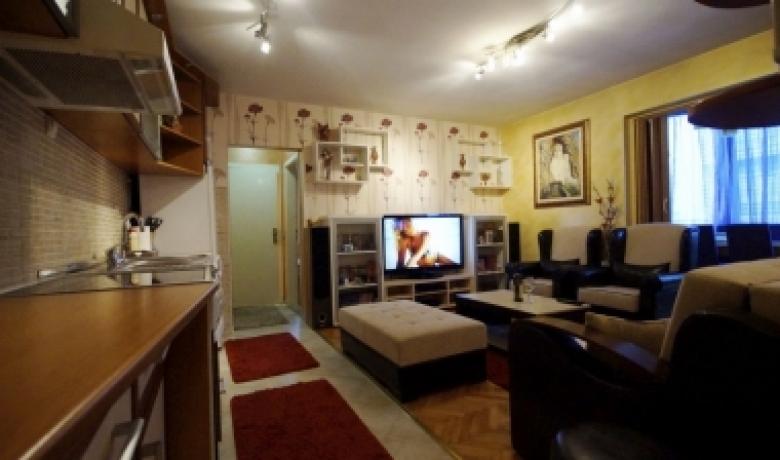 Apartman Millennium, Budva, Apartmani
