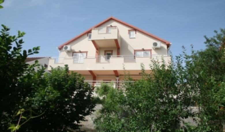 Apartmani Kalezic, Radovići, Apartmani