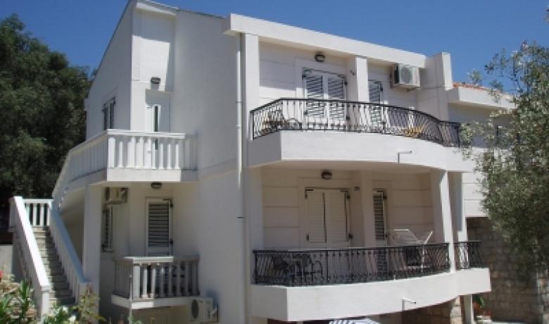 Apartmani Danilo Medin, Petrovac, Apartmani