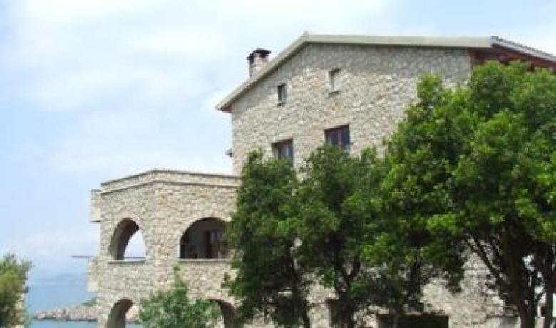 Kastel Mediteraneo, Utjeha, Apartmani