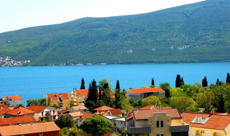 Apartmani Baosici Letovanje Crna Gora Privatni Smestaj