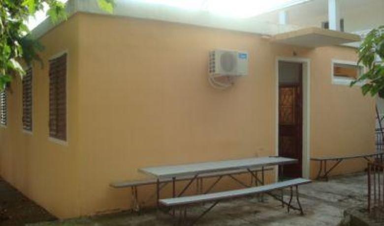 Kuca za Odmor 8 osoba (4 sobe), Sutomore, Apartmani