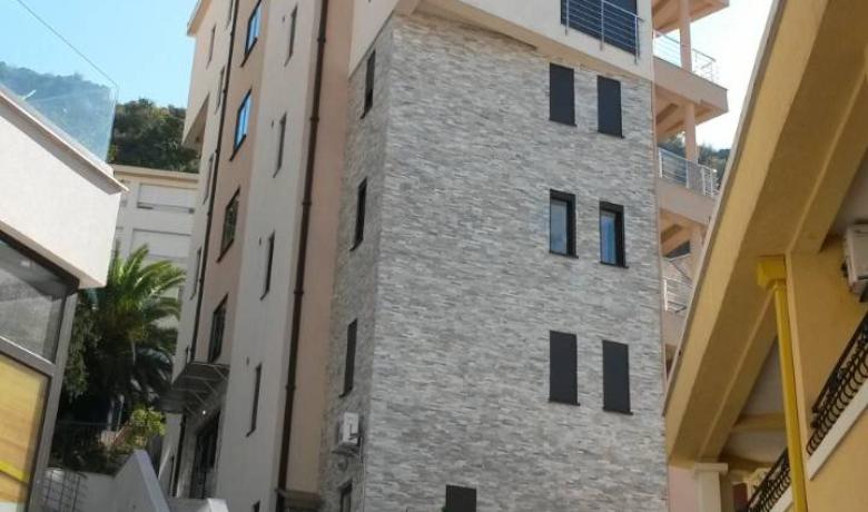 Apartman Zoki, Rafailovići, Apartmani