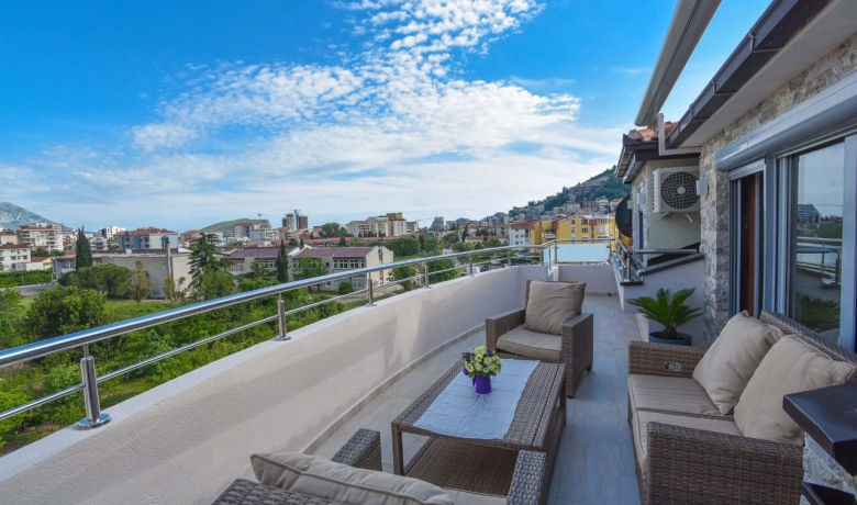 Central Lux Apartment, Budva, Apartments